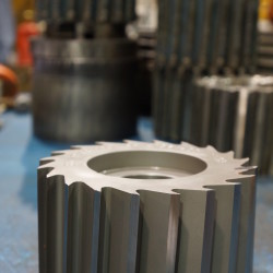 Hand welded stellite rotor after machining (2)