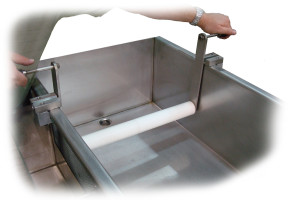 Water bath removable guide bars
